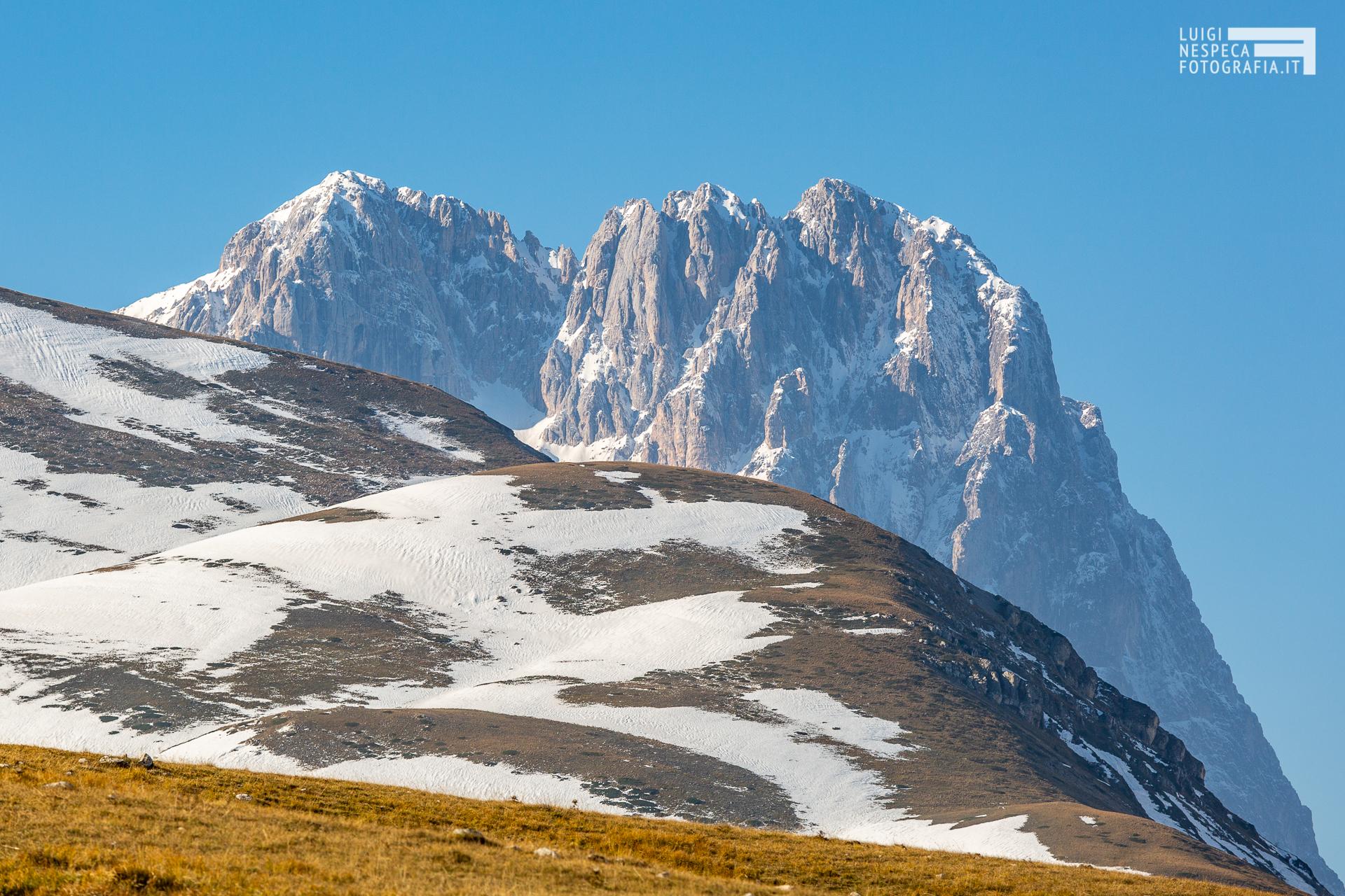 Corno Grande e la prima neve - Campo Imperatore Gran Sasso