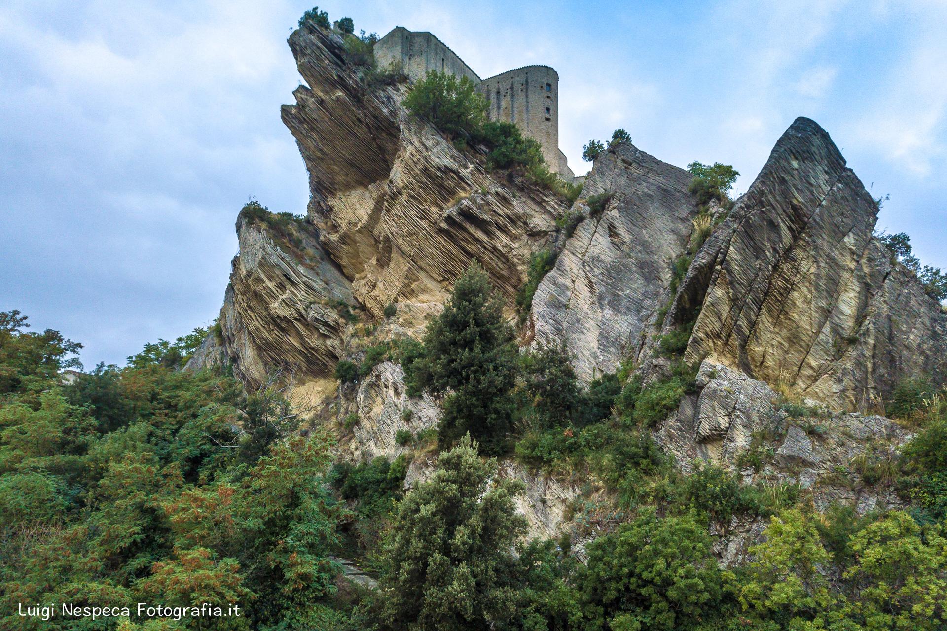 il Castello di Rocca Scalegna (CH)