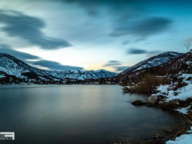 Il Lago di Scanno al Crepuscolo