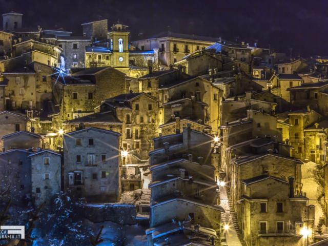 I tetti di Scanno (AQ) in inverno