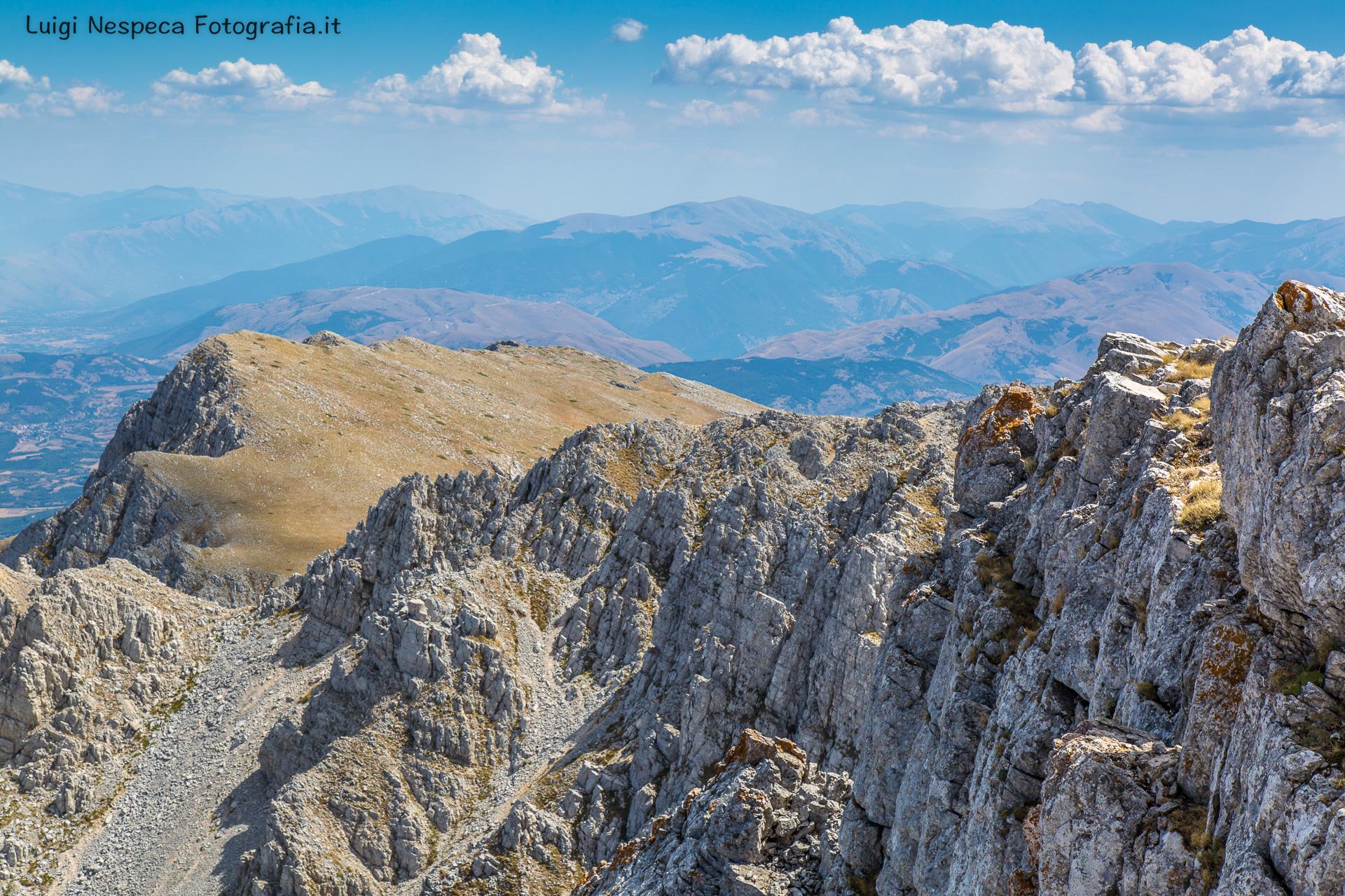 La scogliera di calcare del Monte Sirente