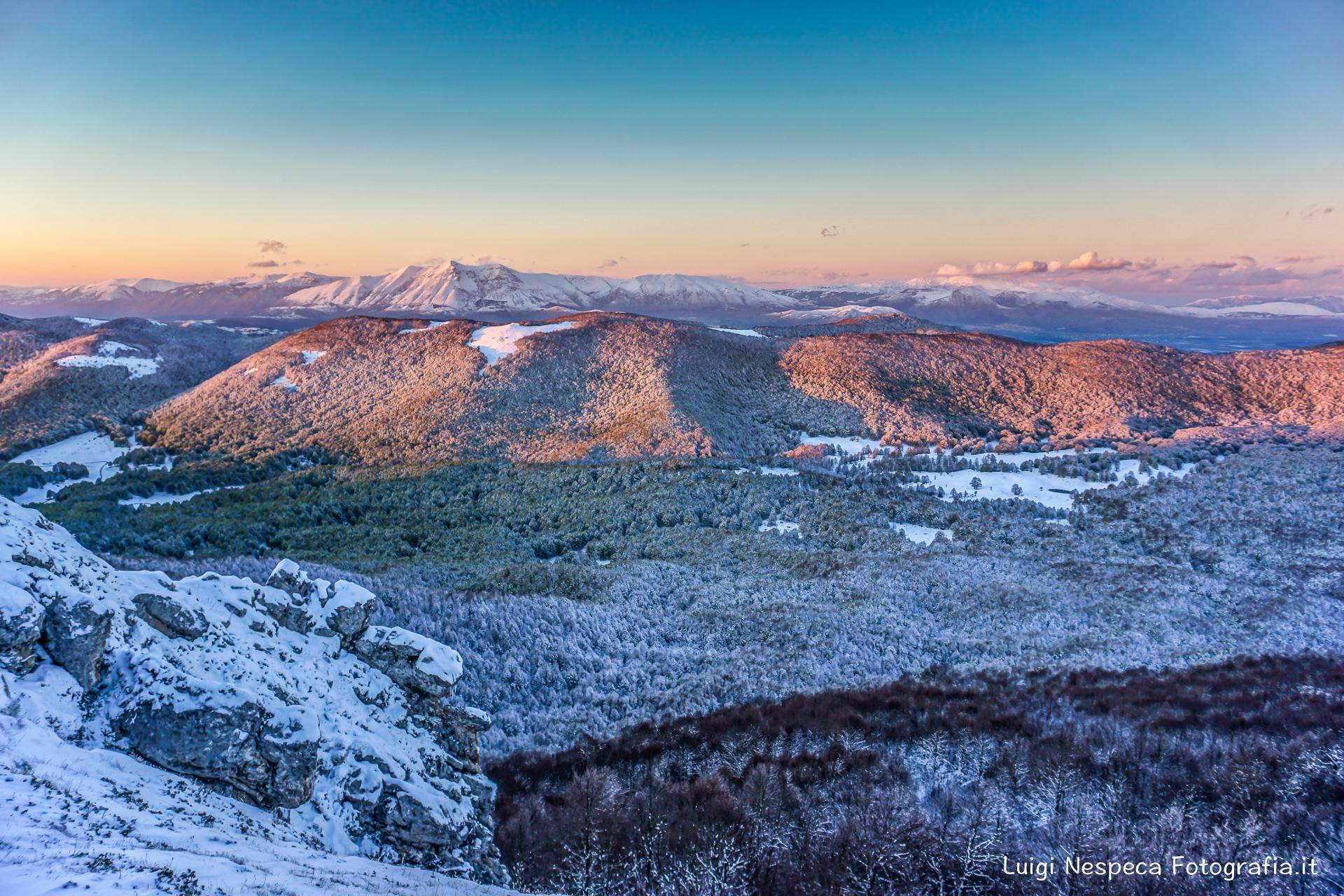 Monte Velino e una nevicata tardiva