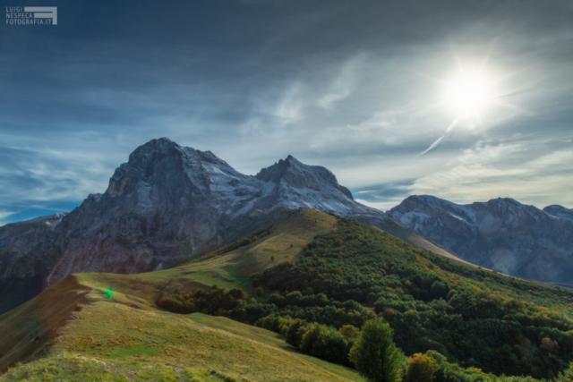 Il sole e la prima neve sul Gran Sasso