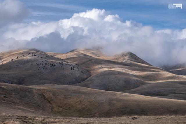 52 - Le colline nei pressi di Racollo - Campo Imperatore