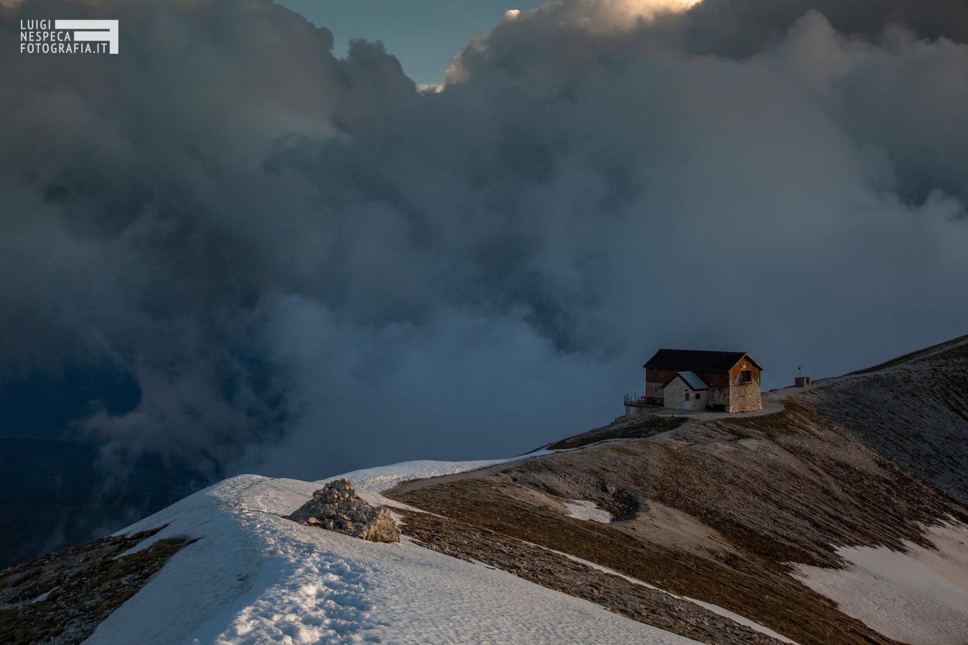 24 - Il rifugio Duca degli Abruzzi - Un anno al Gran Sasso