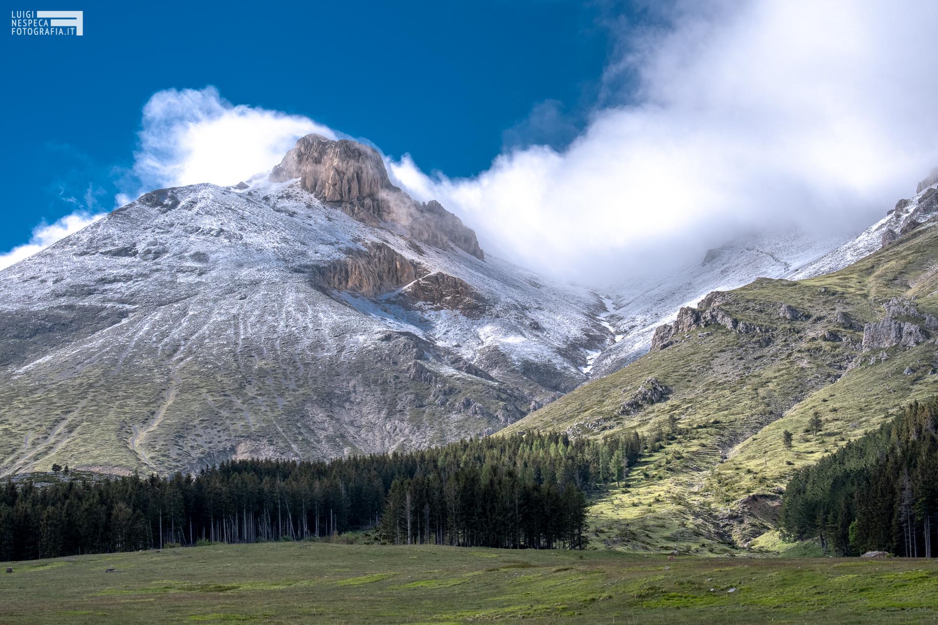 58 - Il Monte Camicia e il Vallone di Vradda