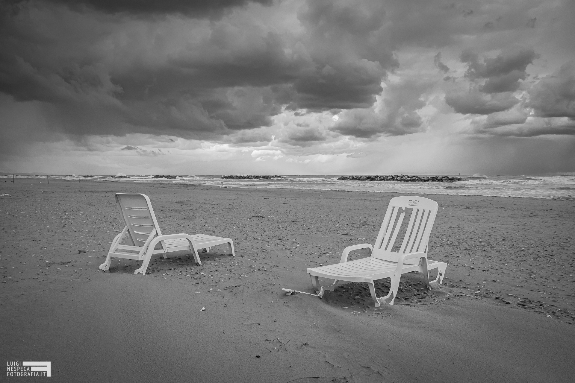 La spiaggia di Francavilla al mare - il distanziamento sociale