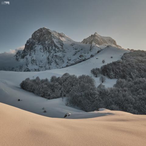 21 - Il Corno Grande e il Corno Piccolo al Tramonto - Cima Alta - Marzo '21
