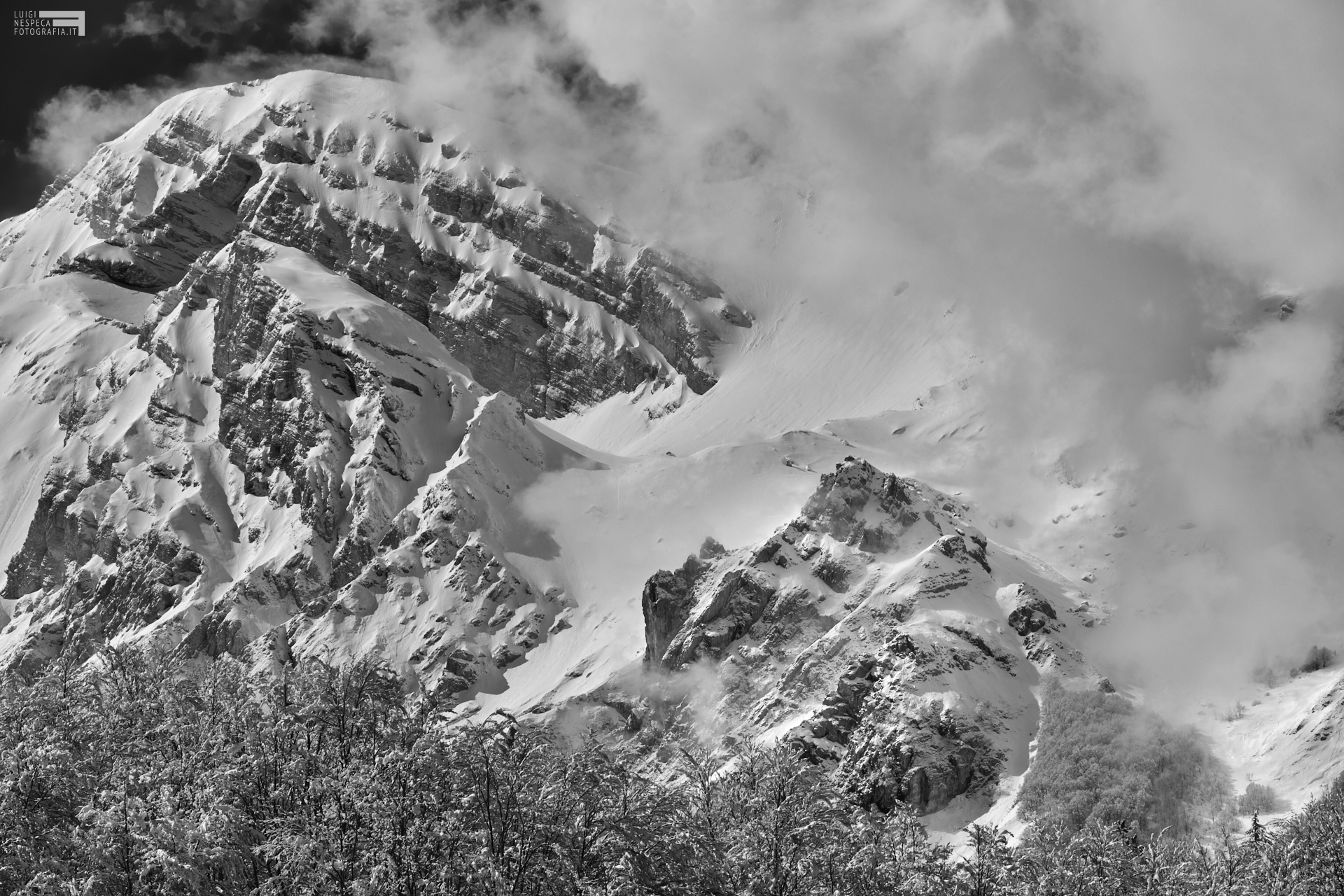 3 - Il Pizzo d'Intermesoli e il Picco dei Caprai - Prati di Tivo - Marzo '21