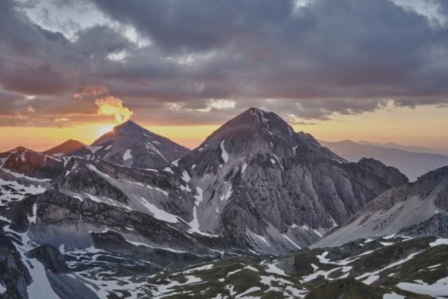 Tramonto su Campo Pericoli - nube a bandiera sul Monte Corvo - GRAN SASSO