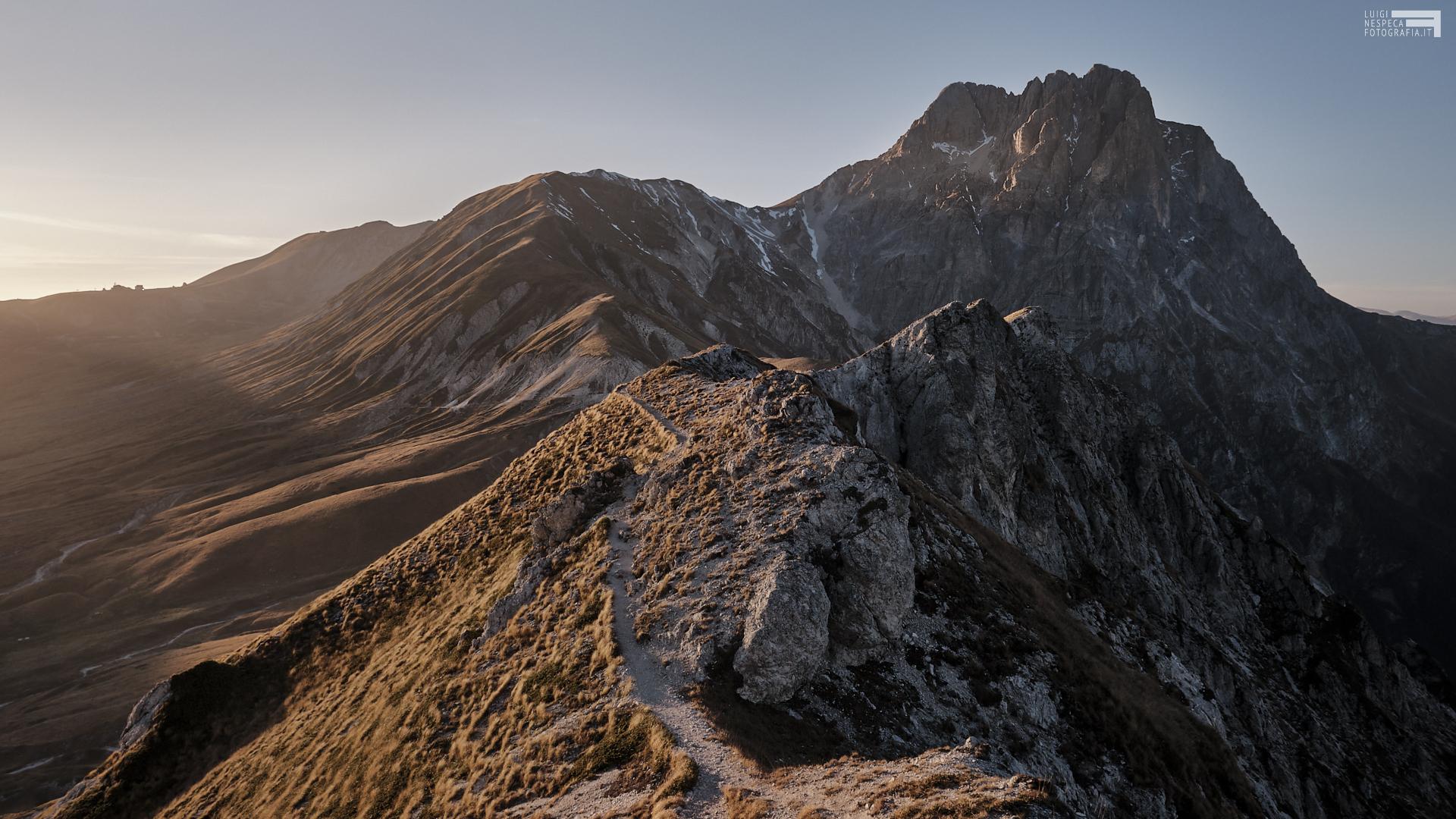 Novembre 2020 - Campo Imperatore dal Monte Brancastello - GRAN SASSO