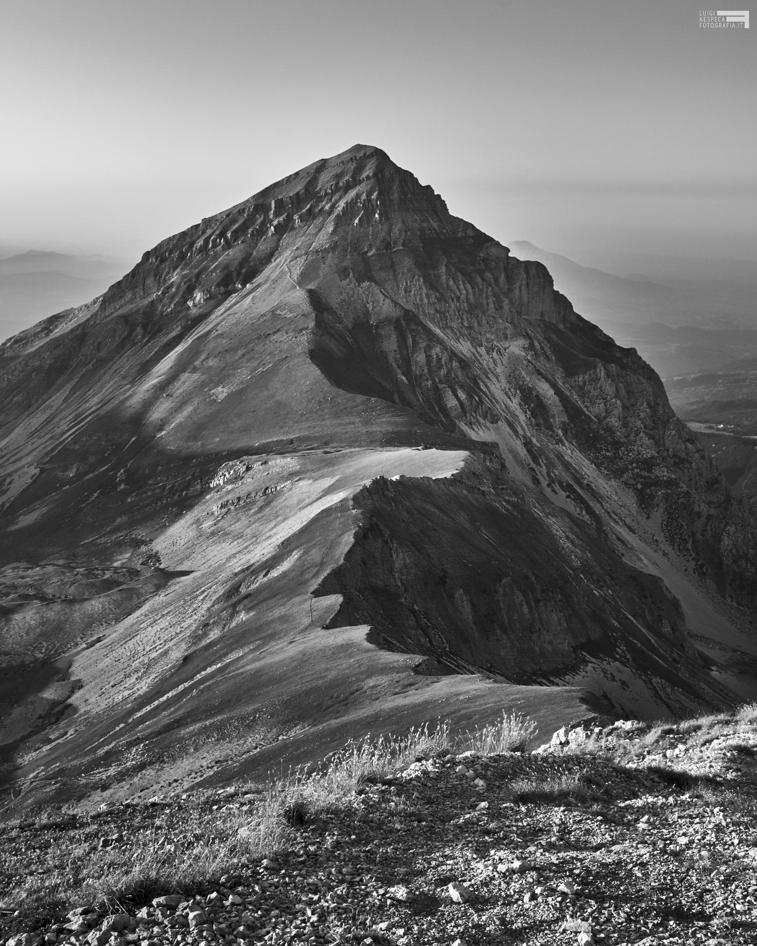 Agosto 2021 - dalla vetta del Pizzo Cefalone versa cresta del Pizzo Intermesoli